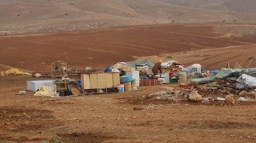 Os restos de uma escola após a ordem de demolição na Cisjordânia, 14 de janeiro de 2021. [Mahdi Daraghma/Monitor do Oriente Médio]