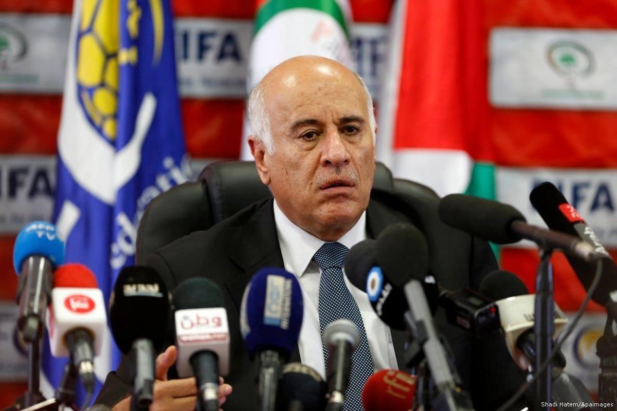Jibril Rajoub, secretário-geral do Comitê Central do Fatah (CCF) e presidente da Associação de Futebol da Palestina (PFA) [Shadi Hatem/Apaimages]