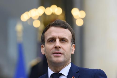 O presidente francês, Emmanuel Macron, no Palácio do Eliseu em Paris, França. em 01 de fevereiro de 2021. [Julien Mattia/Agência Anadolu]