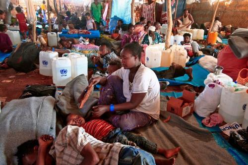 Refugiados etíopes que fugiram dos confrontos na província de Tigré em um campo de refugiados no Sudão, 18 de novembro de 2020 [Ebrahim Hamid//AFP/Getty Images]