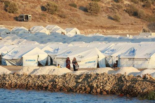 Uma visão geral do novo campo de refugiados de Kara Tepe na ilha de Lesbos, Grécia, em 13 de setembro de 2020. [Aggelos Barai/Anadolu Agency]