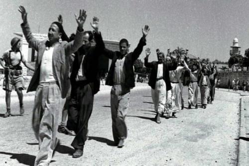 Arquivos tornados públicos evidenciam expulsão e massacres durante a Nakba [Fotos históricas]
