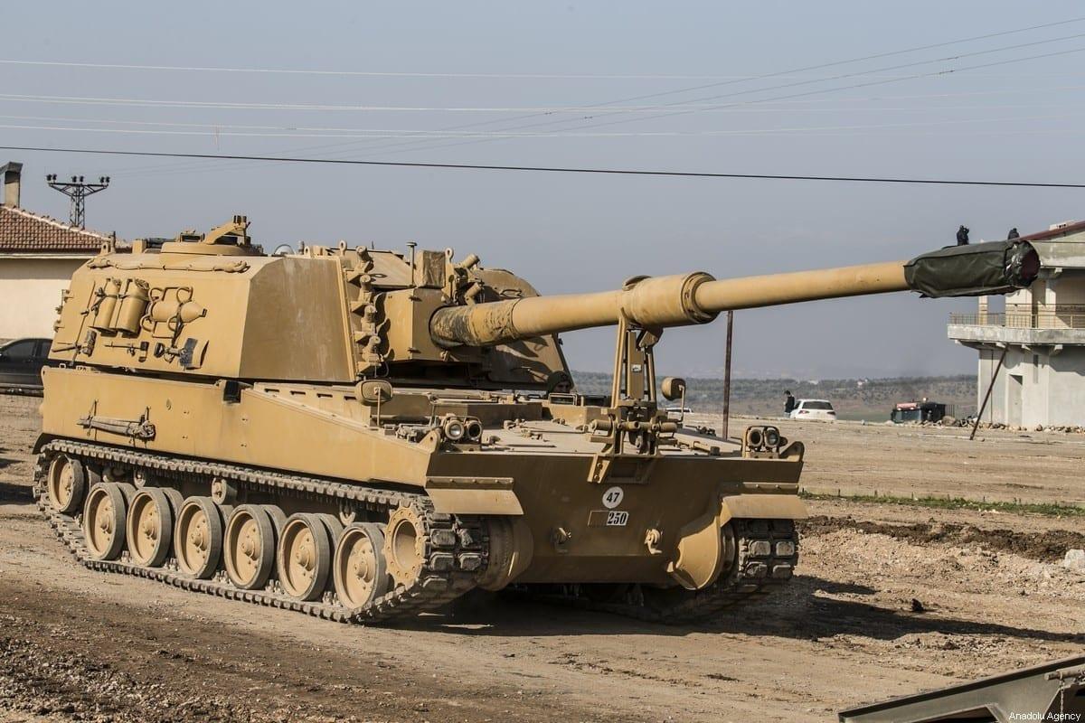 https://Um total de 150 veículos militares das Forças Armadas da Turquia foi enviado à fronteira síria como reforço, incluindo tanques, blindados, munição, máquinas de construção e outros, no distrito de Reyhanli, Turquia, em 17 de fevereiro de 2020 [Cem Genco/Agência Anadolu].com/tcsavunma/status/1367463956584005632