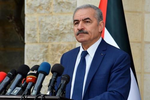 Primeiro-Ministro da Autoridade Palestina Mohammad Shtayyeh em Ramallah, Cisjordânia ocupada, 13 de abril de 2020 [Gabinete do Primeiro-Ministro Palestino/Agência Anadolu]