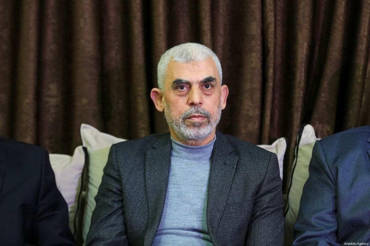 O líder do Hamas na Faixa de Gaza Yahya Al-Sinwar na cidade de Gaza em 10 de março de 2021 [Ali Jadallah / Agência Anadolu]