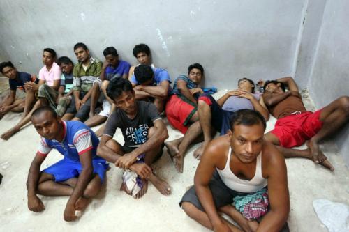 Refugiados de Bangladesh na cidade portuária de Zawiyah, Líbia, 31 de agosto de 2016 [Mahmud Turkia/AFP via Getty Images]