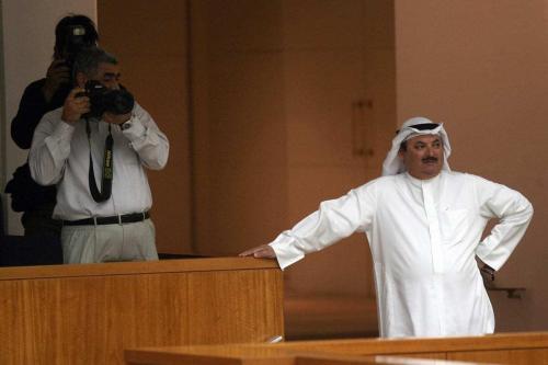 Ex-membro da Assembleia Nacional do Kuwait, Nasser Al-Duwailah participa de uma sessão do parlamento na Assembleia Nacional na Cidade do Kuwait, em 19 de novembro de 2008. [Yasser Al-Zayyat/AFP/Getty Images]