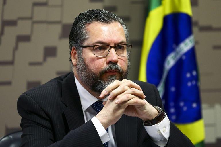 Ernesto Araújo durante audiência pública na Comissão de Relações Exteriores e Defesa Nacional do Senado, em 5 de março de 2021 [Marcelo Camargo/Agência Brasil]