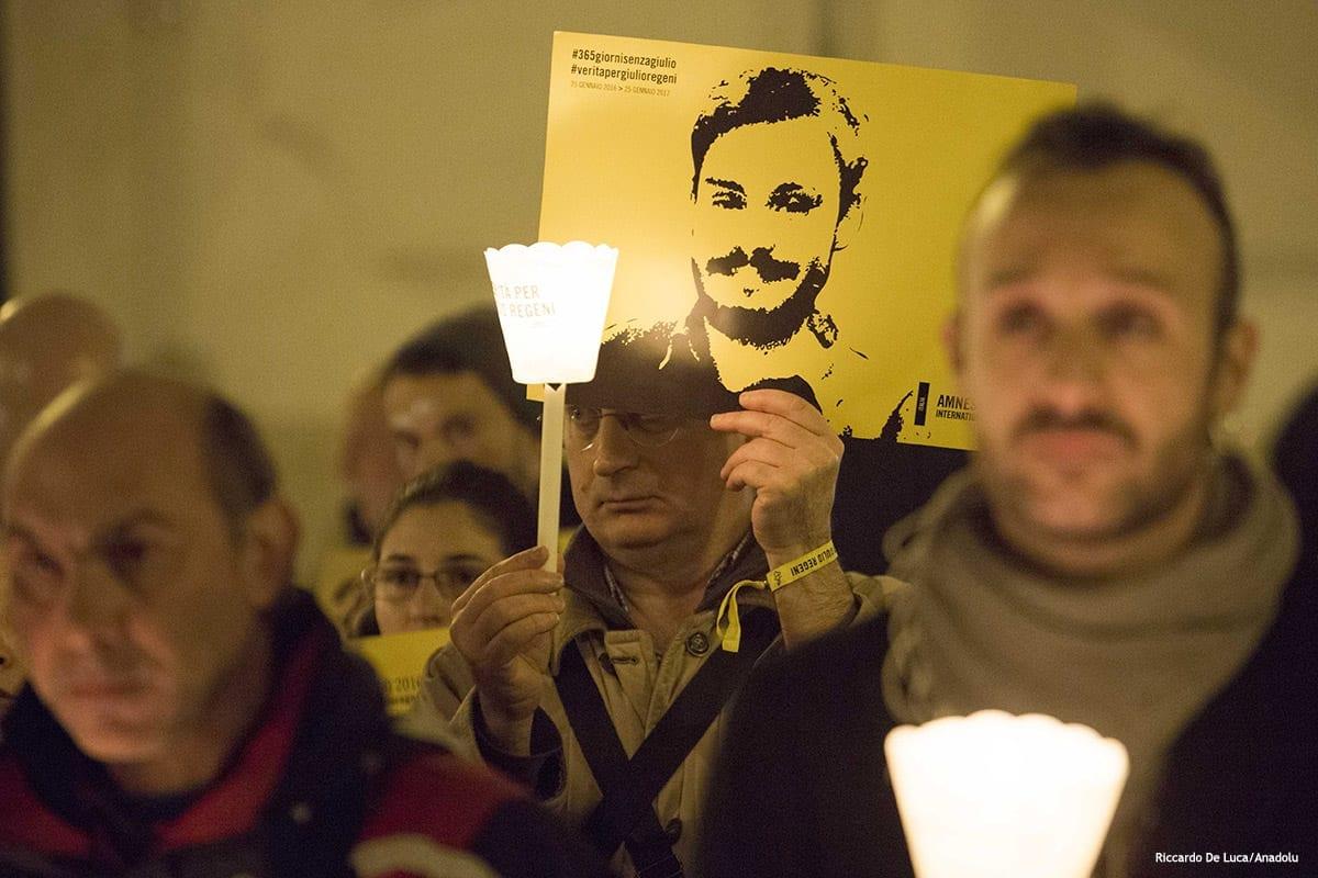Procissão de velas para o estudante italiano Giulio Regeni assassinado no Egito [Riccardo De Luca/Agência Anadolu]
