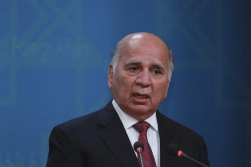 O ministro das Relações Exteriores do Iraque, Fuad Hussein, em Bagdá, Iraque, em 1 de fevereiro de 2021 [Murtadha Al-Sudani/Agência Anadolu]