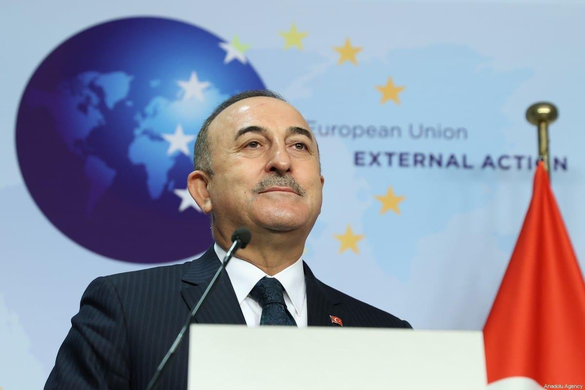 Ministro das Relações Exteriores da Turquia, Mevlut Cavusoglu, em Bruxelas, Bélgica, em 21 de janeiro de 2021 [Dursun Aydemir/Agência Anadolu]