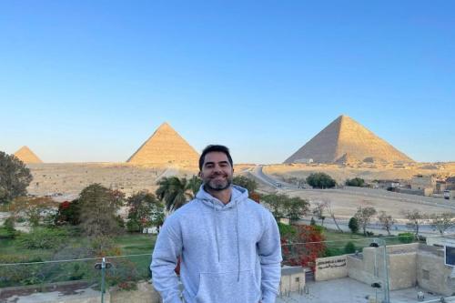 Victor Sorrentino no Egito [Reprodução/Instagram]