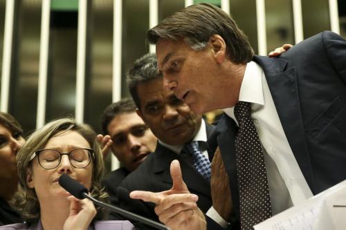 Agressão do então deputado federal Jair Bolsonaro à deputada federal Maria do Rosário, em 2016 [ Marcelo Camargo/ Agência Brasil]
