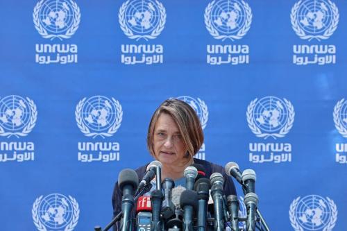 Lynn Hastings, coordenadora de Assuntos Humanitários da ONU (UN OCHA) durante uma entrevista coletiva no complexo da ONU na Cidade de Gaza, em 23 de maio de 2021. [Emmanuel Dunand / AFP via Getty Images]