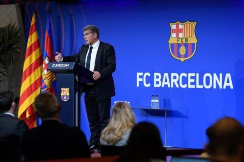 Joan Laporta, presidente do clube de futebol Barcelona, em coletiva de imprensa no estádio de Camp Nou, em 28 de maio de 2021 [Josep Lago/AFP via Getty Images]
