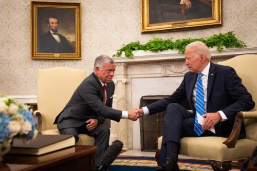 Presidente dos Estados Unidos Joe Biden e Rei da Jordânia Abdullah II no Salão Oval da Casa Branca, em Washington DC, 19 de julho de 2021 [Sarahbeth Maney/Bloomberg via Getty Images]