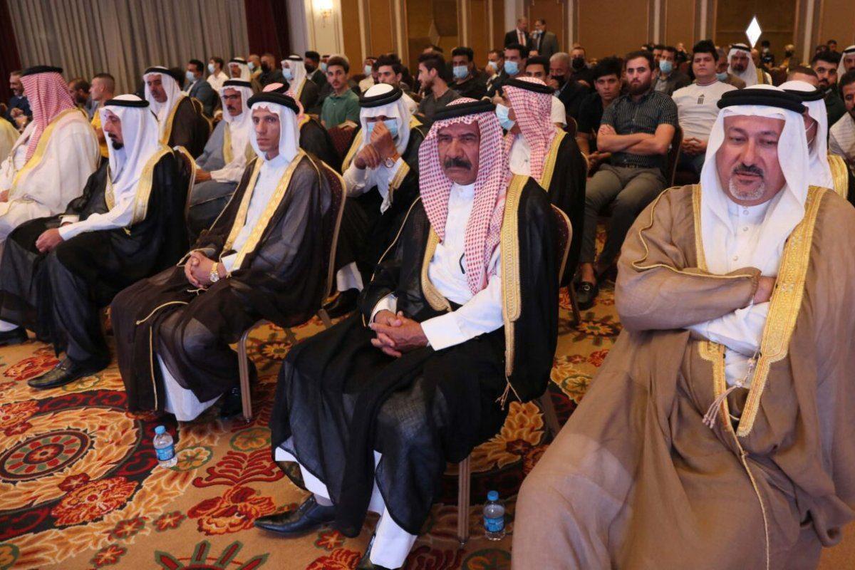 Mais de 300 iraquianos, incluindo líderes tribais, participam de uma conferência convocada por um think tank americano para promover a normalização com Israel, na região autônoma do Curdistão, 24 de setembro de 2021 [SAFIN HAMED/AFP via Getty Images]