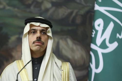 O Ministro das Relações Exteriores da Arábia Saudita Faisal bin Farhan Al-Saud em Moscou, Rússia em 14 de janeiro de 2021 [Ministério das Relações Exteriores da Rússia / Anadolu Agência]