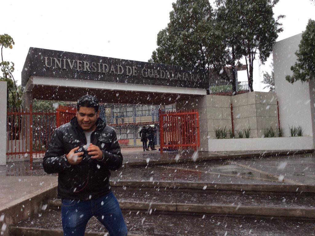 Esta nevando en lagos de Moreno y 10 comunidades de Jalisco