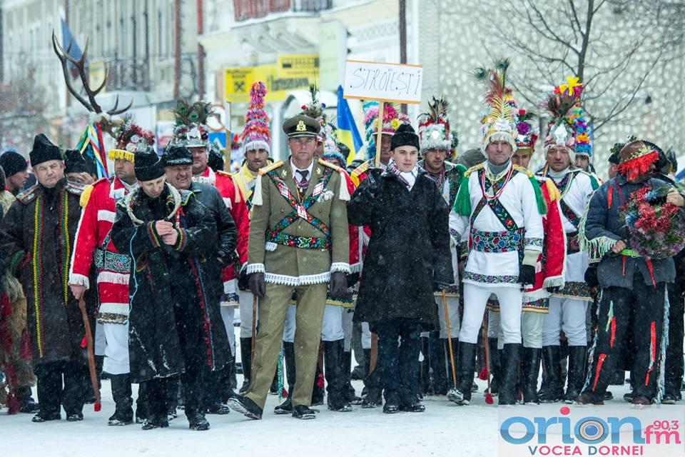 Festivalul de Datini și Obiceiuri de Iarnă de la Vatra Dornei a ajuns la ediția a XXI-a