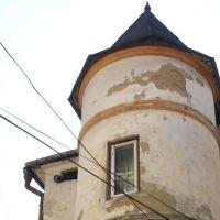 Monumente istorice uitate. Clădirea cu turn din orașul Vatra Dornei