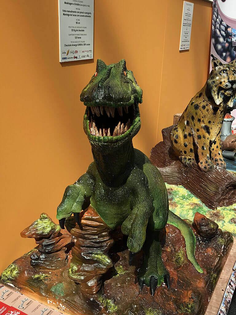 Dinosaurio de chocolate
