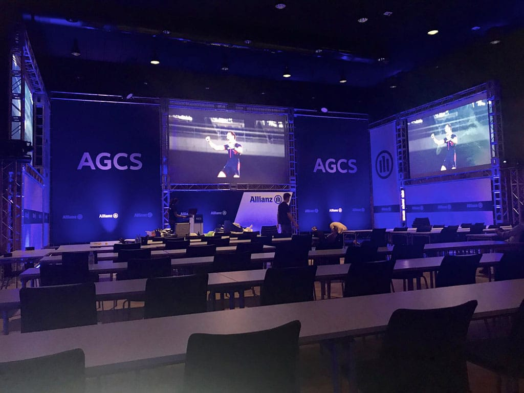 Vista-general-del-espacio-para-el-evento-corporativo-de-Allianz