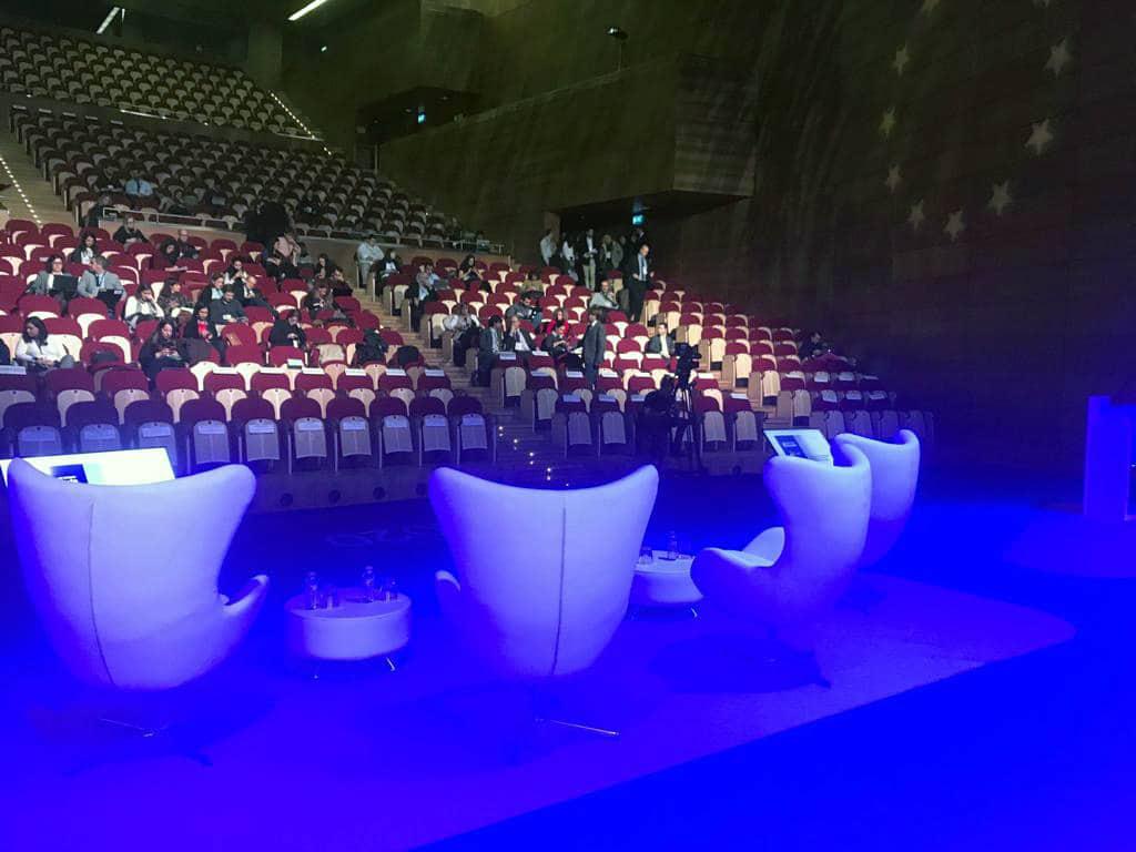 Asientos en el escenario del Auditorio