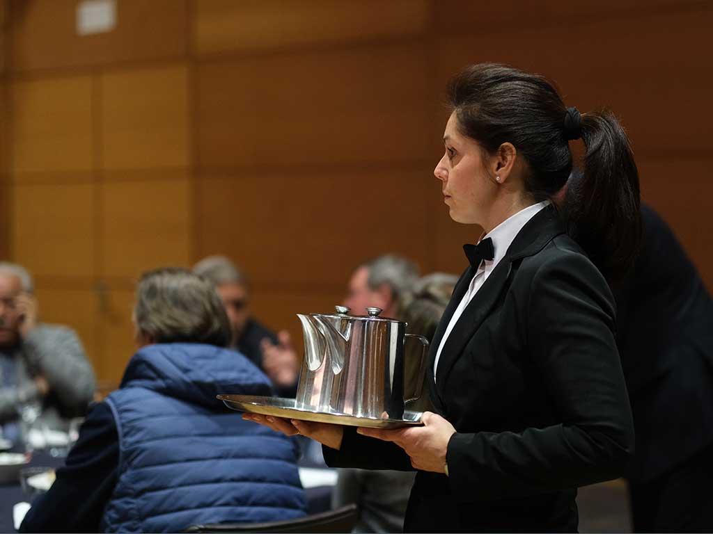 Camarera de sala del Palacio de Congresos de Toledo