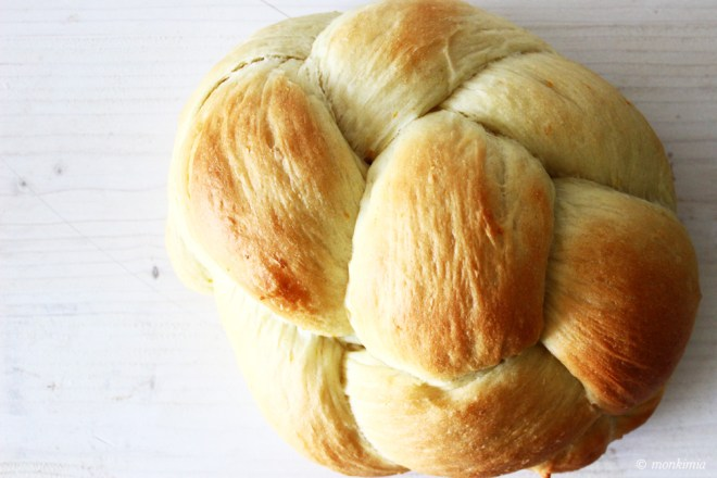 Hefe-Butter-Zopf