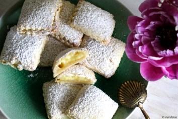 Lemon Pudding Pie