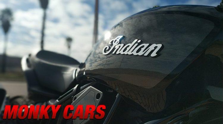 Detalle de Insignia y chasis de la Indian FTR 1200