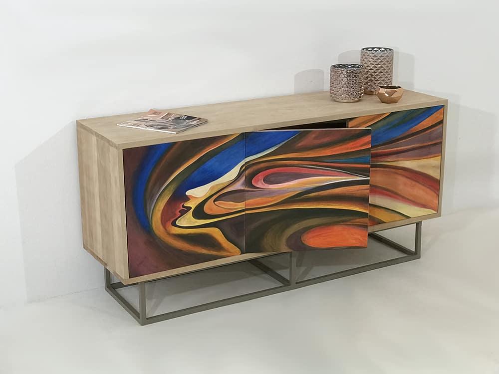 meuble peint a la main 3 portes ornees du motif lucia