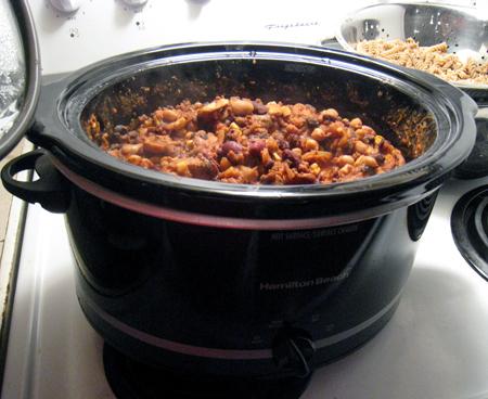 Vegetarian chili in a crockpot