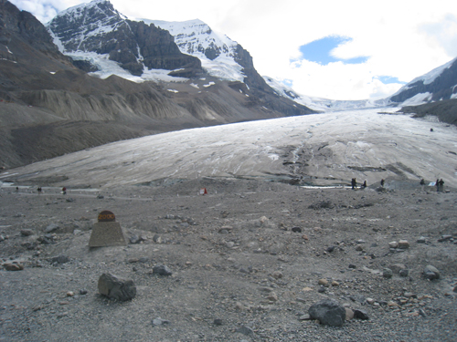 Marker showing where the Athabasca Glacier was in the year 2000
