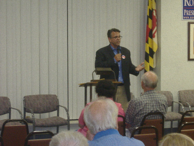 Congressional hopeful John Leo Walter makes his point during his remarks at the Wicomico County Republican Straw Poll.