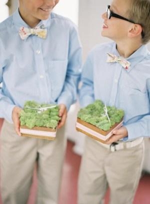 moss-ring-bearers