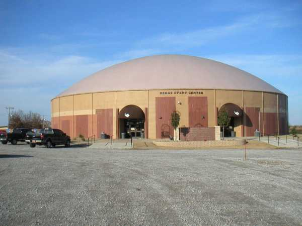 Beggs Oklahoma Builds Two Monolithic Domes Monolithic