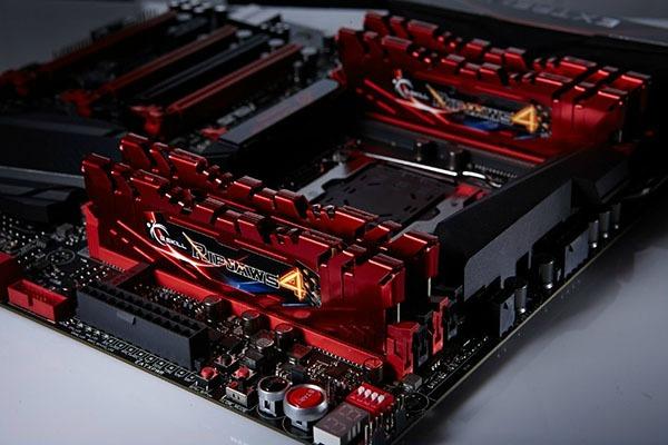 DDR4 G Skill à 3200 et 3300 MHz