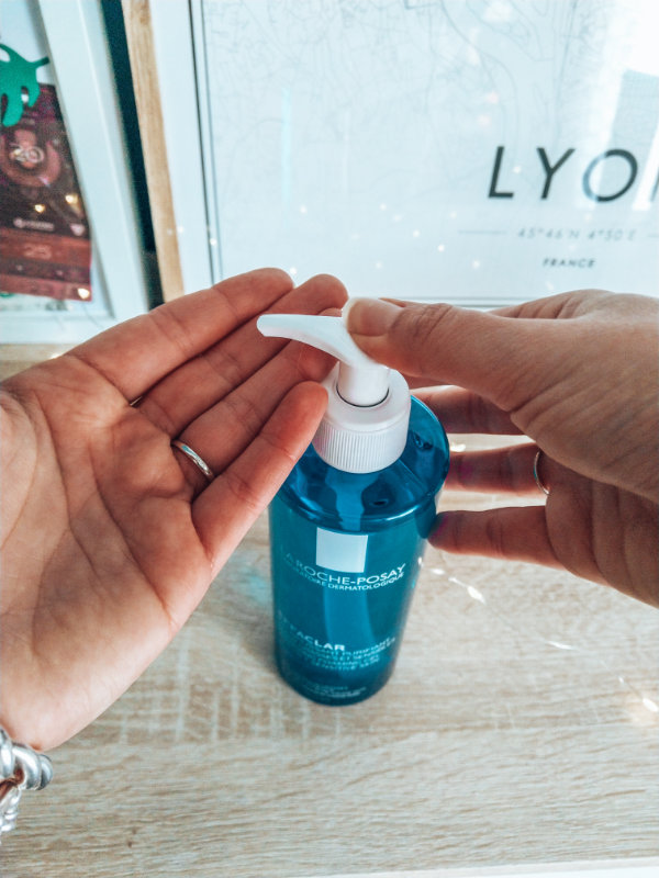 5 erreurs à ne pas commetre quand on a de l'acné - Mon peau de crème- Emonoé - Blogueuse Lyonnaise- La roche posay Effaclar avis
