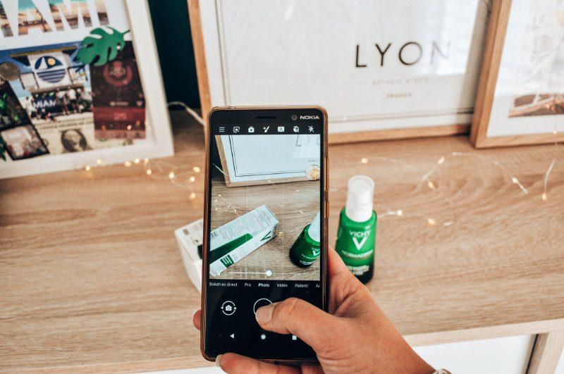 Peut-on vraiment compter sur les applis qui scannent nos cosmétiques -Vichy Normaderm - Mon peau de crème - Emonoé