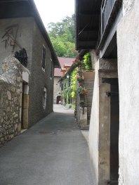 Duingt village médiéval