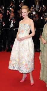 nicole_kidman_en_christian_dior_haute_couture_printemps___t___2013_699622123_north_545x