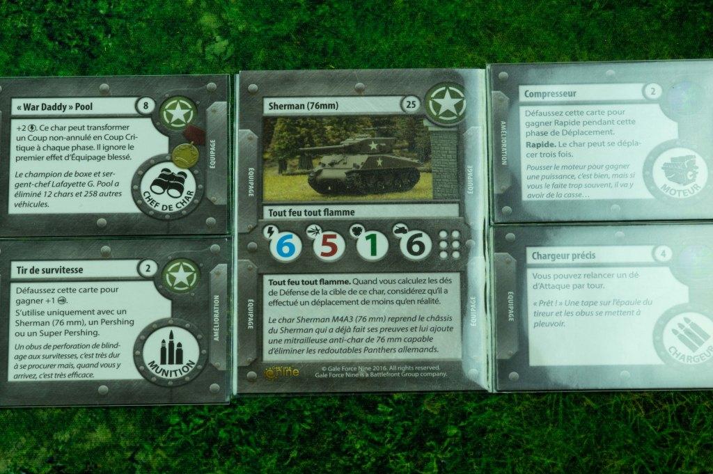 TANKS - exemple d'un char avec 4 cartes d'équipage et équipements