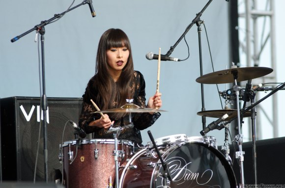 Vu with the Dum Dum Girls @ the 2012 Sasquatch! Festival 2012