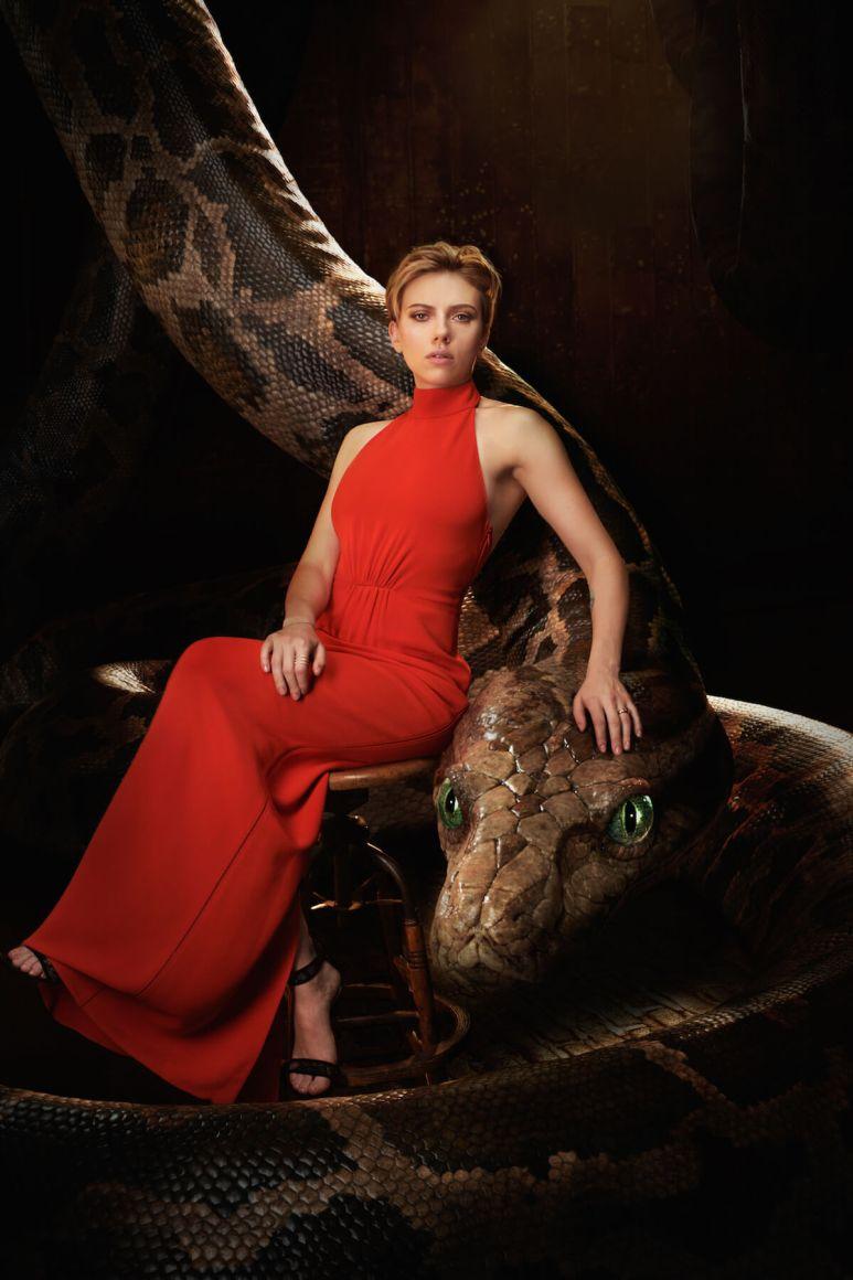 THE JUNGLE BOOK - Scarlett Johansson with Kaa