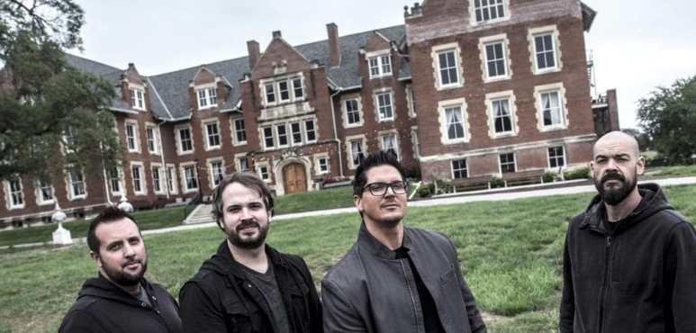 The Ghost Adventures team prepare to enter the asylum