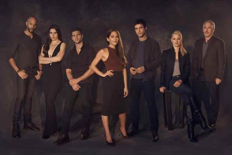 Stephen Bishop as Patrick, Marianne Rendon as Jules, Patrick Young as Richard, Inbar Lavi as Maddie, Rob Heaps as Ezra, Katherine LaNasa as Sally, Brian Benben as Ma