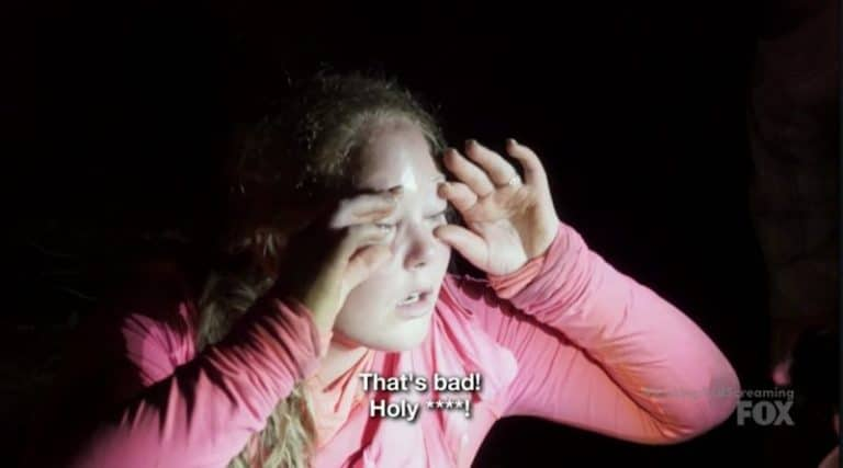 Kristen suffering her allergic reaction during the night on last week's Kicking & Screaming