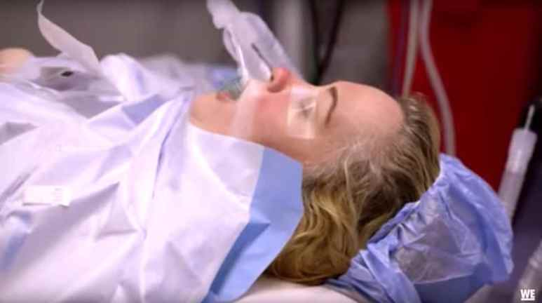 Mama June goes under the knife in From Not to Hot: Operation Tummy Boo Boo